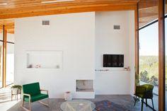 Freunde von Freunden — A study in minimalism and light with Austin based artist Alyson Fox — , Austin, Texas — http://www.freundevonfreunden.com/interviews/alyson-fox/