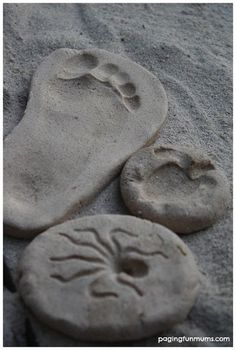 Homemade Sand Clay Keepsakes - Create, Bake & Keep! Perfect VBS craft for children and preschoolers! Clay Crafts, Fun Crafts, Crafts For Kids, Arts And Crafts, Party Crafts, Creative Crafts, How To Make Sand, Do It Yourself Wedding, Clay Food