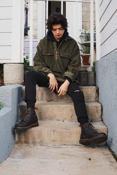 9 Enhancing Tips: Urban Fashion For Men Simple urban fashion shoot street style.Urban Fashion Dress Donna Karan urban wear for men clothing. Grunge Outfits, Mode Outfits, Urban Outfits, Fashion Outfits, Casual Male Outfits, Guy Outfits, Urban Dresses, Fashion Shoot, Urban Apparel