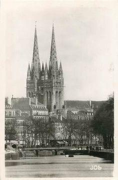 Quimper, les flèches de la Cathédrale St Corentin vues de l'Odet ~ Bretagne (29)