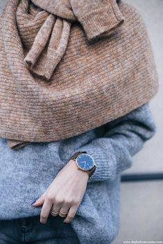How-to-tie-camel-sweater-around-the-neck-grey-mohair-knit-kapten-and-son-golden-watch