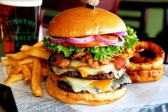 Specialty cheeseburgers