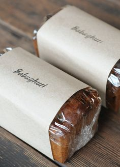Simple cover packing_bread