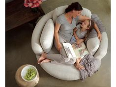 This looks like the best place to snuggle with my Grand-babies! Plush sofa - it's called a Snuggle Chair. AND it swivels. Decoration Inspiration, Piece A Vivre, My New Room, Home Living Room, My Dream Home, Home Furnishings, Bean Bag Chair, Home Furniture, Furniture Ideas