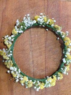 CAN CIGALETA: DIY corona de flores naturales