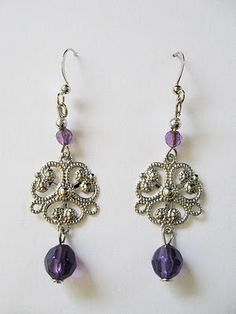JEWELRY DESIGNS: Designs of Beaded Earring Images 605