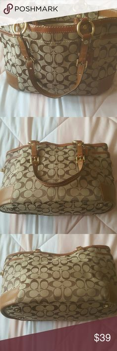 "Original Coach Purse ⭐great used condition  ⭐has some markings on the inside of the purse see pics ⭐has a slight smell from my makeup bag ⭐has not been cleaned so it may need it 😊 ⭐zipper works ⭐no rips tears holes major stains ⭐still in great shape ⭐Super cute ⭐no trades  ⭐ Cat friendly home  ⭐ships same day  ⭐8""H ⭐5""W ⭐14.5""L Coach Bags Shoulder Bags"