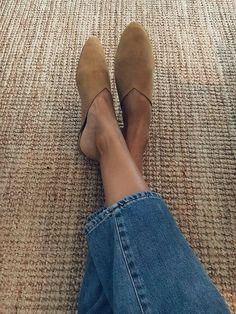 Туфли моей мечты! Подборка идеальной обуви к новому летнему сезону. Часть 2. | #СеняПодскажи | Яндекс Дзен Winter Fashion Outfits, Diy Fashion, Fall Outfits, Fashion Shoes, Autumn Fashion, Fashion Tips, Cute Casual Outfits, Stylish Outfits, Cute Shoes