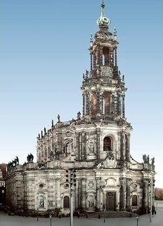 Kathedrale St. Trinitatis, vom Schlossplatz gesehen