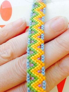 Friendship Embroidery Bracelets Photo of Pattern Embroidery Floss Bracelets, Thread Bracelets, Diy Bracelets Easy, Bracelet Crafts, Tribal Bracelets, Embroidery Shop, Learn Embroidery, Embroidery Patterns, Bracelets With Meaning