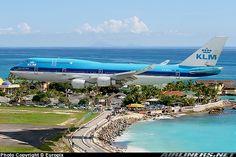 Boeing 747's and a beautiful beach?? YYYEAAHHHH! :-D