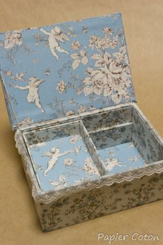 Accessory box #cartonnage