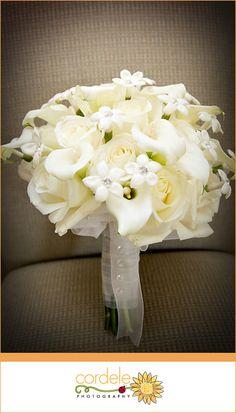 White Wedding Flowers Lillies, Stephanotis, White Calla Lily, White Calia Lillies Bridal Boutique #white #flowers #bridalboutique
