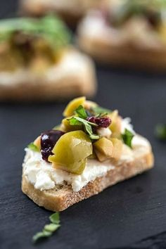 Olive and Whipped Feta Crostini Mixed Olive and Whipped Feta Crostini - An incredibly easy appetizer that will wow your party guests!Mixed Olive and Whipped Feta Crostini - An incredibly easy appetizer that will wow your party guests! Snacks Für Party, Appetizers For Party, Appetizer Recipes, Gourmet Appetizers, Elegant Appetizers, Dinner Recipes, Fingers Food, Crostini, Whipped Feta