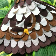 Spatz / Finch Kostüm Set Flügel und Maske: 0-24 von TreeAndVine
