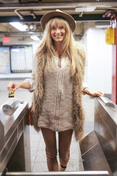 60 examples of REAL street style from the NYC Subway
