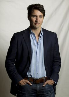 Margaret Trudeau Celebrates Her Son's Return To 24 Sussex Drive Trudeau Canada, Pm Trudeau, Justin Trudeau Family, Margaret Trudeau, Matthew Mc, Justin Time, Skylar Astin, Eric Dane, Moving To Canada