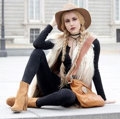 Get this look: http://lb.nu/look/8642923  More looks by Irene Aspas: http://lb.nu/rockmybootsblog  Items in this look:  Lightinthebox Boots   #artistic #bohemian #vintage