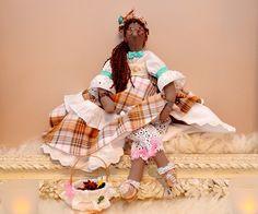 Poupée tissu d'inspiration tilda, Doudou des Iles, support inclus : Accessoires de maison par dame-brigitte