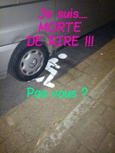 Voici ce qui m'est arrivé ce soir...  J'en ris encore... Toute seule !!!  Alors que je vérifiais si cette camionnette #Mercedes avait une carte de stationnement pour personnes en situation de #handicap...  #Mdr  #Lol  https://youtu.be/vtDZ_UnFDkE Ce 23.04.2015 vers 21h36, Avenue de Broqueville à 1200 Bruxelles/Brussel