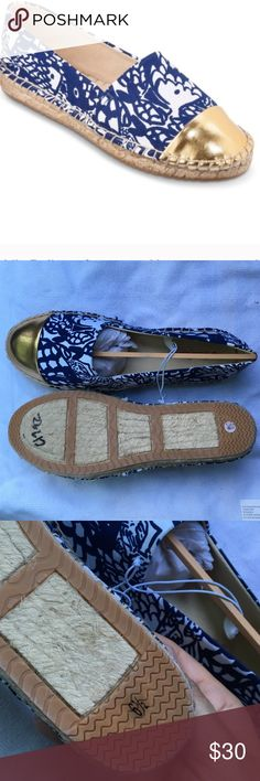 """Only 2 Left! Brand New Lily Pulitzer """"Upstream"""" Gold Cap. No scratches. Gold, blue and white. Priced to sell! No trades! Only 2 left at this price. Last one will be at higher price!!!!! Lilly Pulitzer for Target Shoes Espadrilles"""