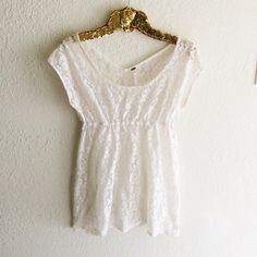 Free People Lace Top Excellent condition! No flaws to mention. Free People Tops