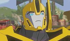 RID Bumblebee and his sassy face! You gotta love him ^\\\°\\\^