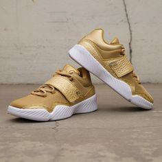 Nike Jordan J23 heter den här modellen, ni finner den på footish.se #nike #jordanJ23 #uppsala #footish