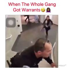 When the cop has moves No but really wow, Lowkey if they were playing Tag, then that looks like fun , and the guy that fell, slid and then got up has me deceased. Funny Shit, Funny Laugh, Stupid Funny Memes, Funny Relatable Memes, Funny Facts, Haha Funny, Funny Cute, Hilarious, Funny Stuff