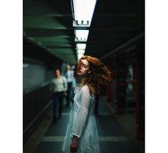 Cute Photography, Photography Women, Street Photography, Portrait Photography, Fashion Photography, Female Poses, Female Portrait, Portrait Inspiration, Photoshoot Inspiration
