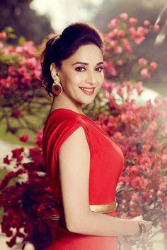 Madhuri Dixit #Bollywood #Fashion #Style #Beauty