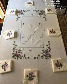 Image may contain: indoor Envelope Art, Art N Craft, Elegant Dining, Crewel Embroidery, Bargello, Diy For Kids, Needlework, Diy And Crafts, Projects To Try