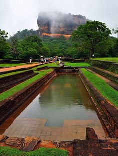 See New York City Attractions at a Great Price Sri Lanka Photography, Travel Photography, Voyage Sri Lanka, Places To Travel, Places To See, Shri Lanka, Travel Around The World, Around The Worlds, Les Continents