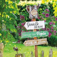 Farm Gardens, Outdoor Gardens, Happpy Birthday, Hydrangea Care, Garden Posts, My Secret Garden, Raised Garden Beds, Garden Planning, House Plants