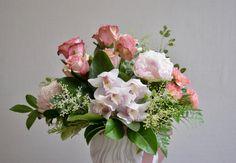 Femine soft pinks - cymbidium orchids, peonies & roses. #pinkflowers #pinkpeony #pinkrose #pinkorchid #pinkcymbindium #femineflowers #perthflorist #daisyhillflowers Cymbidium Orchids, Pink Orchids, Pink Peonies, Daisy Hill, E Flowers, Flower Delivery, Bouquets, Floral Wreath, Roses