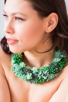 Living Jewelry – Porter des plantes vivantes en guise de bijoux