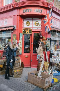 The Londoner » Farm Girls, Notting Hill
