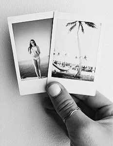 7d1a5e33b0 insight to lily  I love polaroid pictures and sooo want a polaroid camera