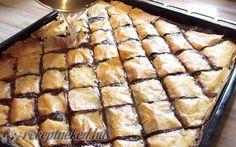 Mákos baklava recept fotóval - Hozzávalók:      30 dkg réteslap     25 dkg mák     2 dl joghurt     1 joghurtos pohár olaj     2 joghurtos pohár cukor     3 nagyobb tojás     2 vaníliás cukor     1 sütőpor  Cukor sziruphoz:      1 joghurtos pohár víz     2 joghurtos pohár cukor Something Sweet, Apple Pie, Sweets, Cookies, Baking, Cake, Dios, Yogurt, Crack Crackers