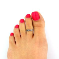 Sterling Silver Toe Ring Flower Design Adjustable Toe Ring Also Knuckle Ring - Beautiful Ring Photo Cute Toes, Pretty Toes, Toe Ring Designs, Nail Designs, Vintage Engagement Rings, Diamond Engagement Rings, Sterling Silver Toe Rings, Sexy Toes, Knuckle Rings