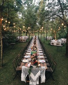 SHOW & TELL | This set-up has us all . Where are you gathering today?! | Photo Credit: wearelovers.it | Florals: bohemlastazione Catering: miramontilaltroeventi | Knitwear Design: ladylikeknitdesign | Venue: conventoannunciata