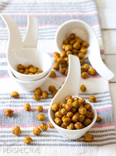 Curry Roasted Chickpeas | @Niki Sommer | A Spicy Perspective