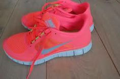 Really whant these beautiful nike run shoes! hardloopschoenen nike - Google zoeken