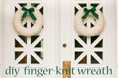 Finger-Knit Wreath–a Five Fabulous Finger-Knitting Project - Flax & Twine