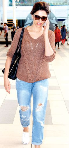 Deepika Padukone at the Mumbai airport. #Style #Bollywood #Fashion #Beauty