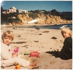 Baby Cole and Dylan Sprouse. Sprouse Bros, Cole M Sprouse, Dylan Sprouse, Zack E Cold, Shawn Mendes Taylor Swift, Rogue Magazine, Marilyn Monroe And Audrey Hepburn, Dylan And Cole, Teen Romance