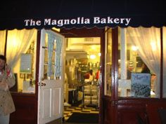 If you were to ask my daughter what she missed most about leaving NYC this maybe on top of her list Magnolia Bakery on Bleeker! I miss them too, but not the lines!!