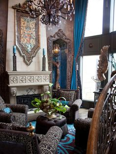 I love the blue incorporated here! Interior designer Donna Moss and her team give credence to the notion that everything's bigger in Texas as they undertake dramatic room makeovers in some of the most fabulous homes in the Dallas area. Dallas, World Decor, Video Game Rooms, Contemporary Bathrooms, Contemporary Homes, Tuscan Style, Basement Remodeling, Bathroom Remodeling, Home Hacks