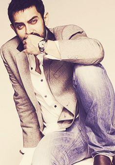 Aamir Khan aka Bhuvan!!