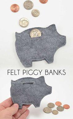 Felt piggy bank tips. Leuk om geld in cadeau te doen. Kids Crafts, Craft Projects, Arts And Crafts, Felt Projects, Project Ideas, Cool Crafts, Easy Felt Crafts, Children Projects, Crafts Cheap